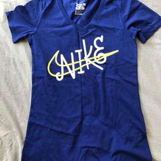 Nike tshirt Size 8-10