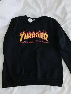 🚚 Thrasher Pullover