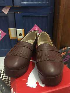 Preloved sepatu platform coklat adorable project