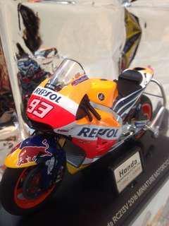 🚚 1:12 重機模型 Honda RC213 世界摩托車MotoGP Honda 賽車專用機車