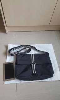 Agnes B Cross Body Bag 斜孭袋