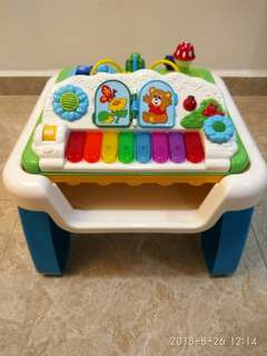 Chicco Musical and Blocks Activity table
