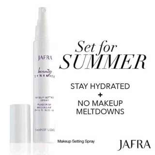 Makeup setting spray Jafra