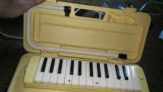 Yamaha Melodica keyboard from japan piano (AVAILABLE & negotiable)