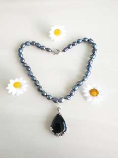 Black Pearls & Onyx Necklace