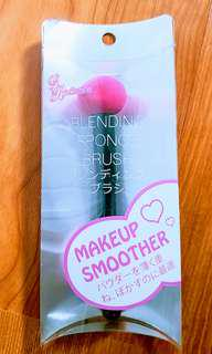Blending Sponge Brush 裸妝胭脂神器