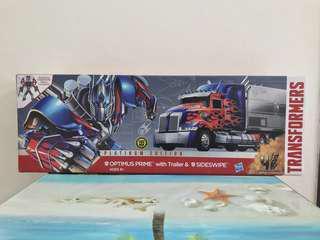 Transformers Hasbro Movie AoE Optimus Prime with Trailer & Sideswipe