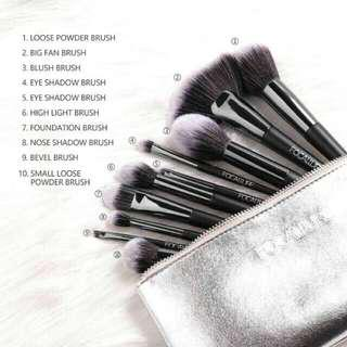 Focallure 10 Brush Set + Pouch