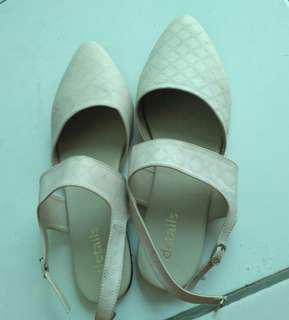 Flatshoes details