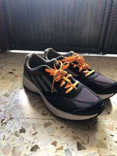 Addias Adiprene Running Shoe