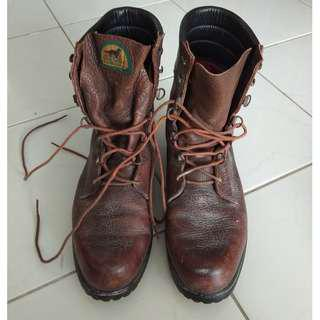 Red Wing shoes Irish Setter boots 12D