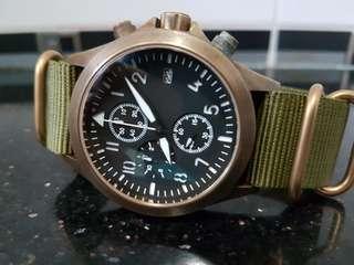 Ventus Caspian C-03 + Zulu strap with bronze buckle.