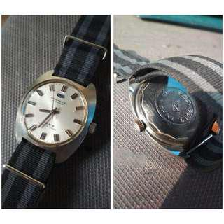 Jam Tangan Vintage Seagull Authentic