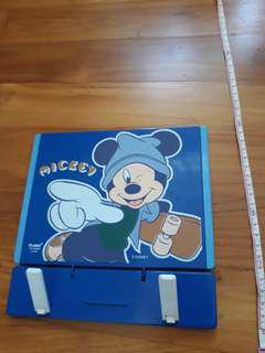 Micky mouse paper and book stand