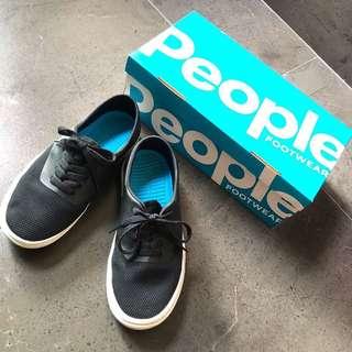 🚚 加拿大流行品牌 People Footwear #The Stanley 輕量經典休閒鞋(37碼) 附原廠鞋盒