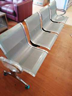 Kursi Tunggu Bandara Bisa di Kredit Tanpa Bunga dan DP