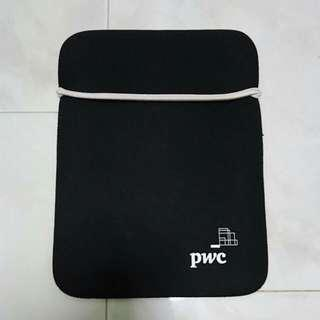 BN Reversible Laptop Sleeve