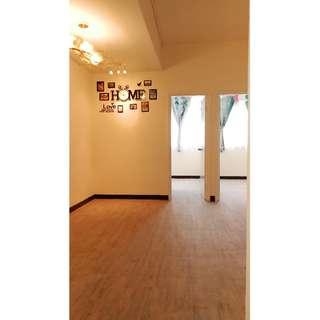 九龍城城南道唐5樓連天台新裝4房2廁1廳出租
