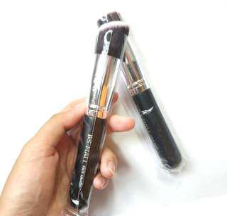 粉底掃 化妝掃 (Bs-mall makeup brush)