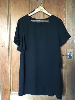 Doll House black dress