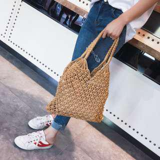 [PO] NETTED NECESSITY WOVEN BAG