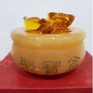 Yellow Jade Fortune wealth pot / 黄玉聚宝盆