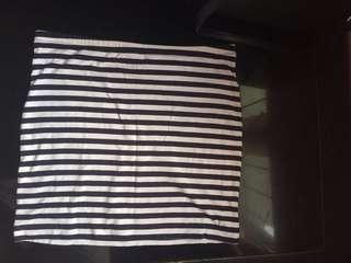 H&M Short Skirt Size S Rok Pendek