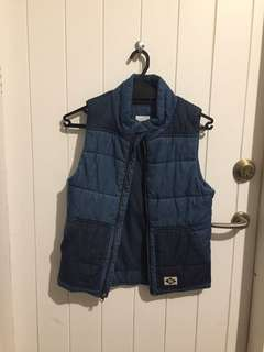 Child country road vest