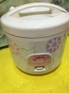 Magic Com / Rice Cooker Merk Nico