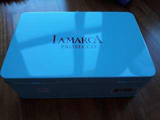 Metal box light blue