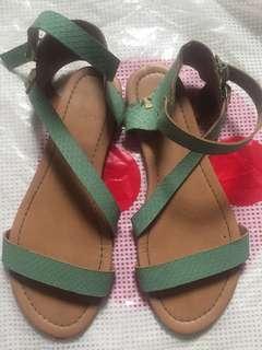 Tisca sandal