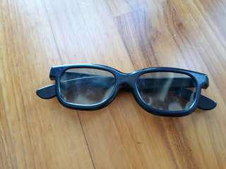 3D glasses for wating 3D movie
