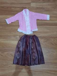 Baju batik / kebaya set anak