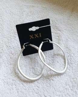 耳環 購自韓國