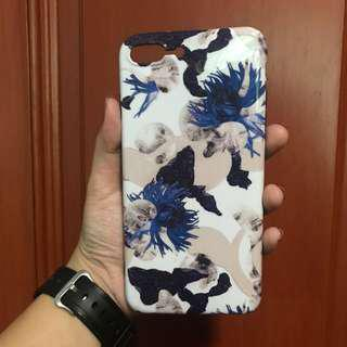 🚚 iPhone 7+ case blue flower