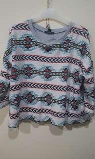 Sweater Tribal Forever21