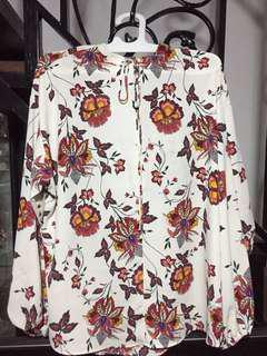 H&M Long Sleeve White Flower Top
