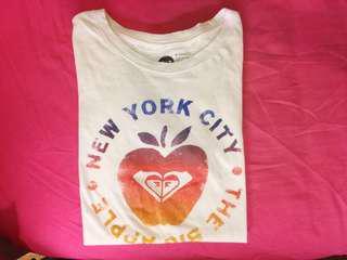 🚚 Roxy New York 大蘋果經典logo T-shirt