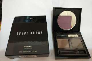 Bobbi Brown . brow kit and finish powder