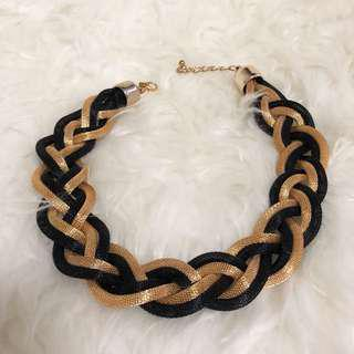 Gold / Black Fashion Necklace