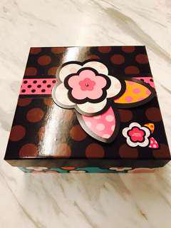 Brand New 2018 Latest Home Favorites Flower Bloom Gift Box Mooncake Box