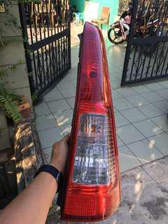 Lampu belakang kanan viva