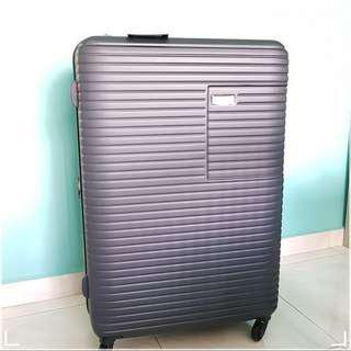 28 inch New Yorker Luggage Dark Blue