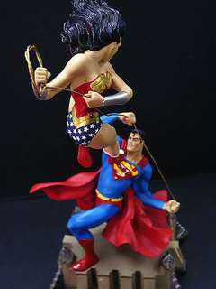 Dc Direct Superman Vs Wonder Woman full sized statue