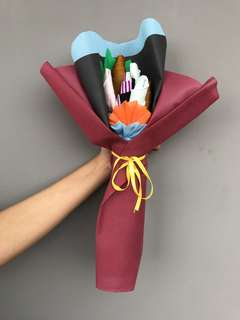 Bucket Bouquet Kaos Kaki