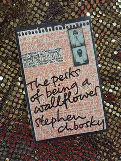 [Fiction] The Perks of Being a Wallflower - Stephen Chbosky
