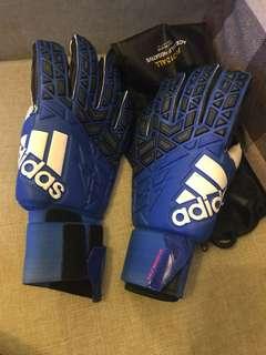 Adidas 足球 手套 全新