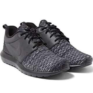 🚚 BN Nike Roshe Flyknit [Size UK6] Premium Mesh and Rubber Sneakers