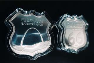 Icons of Route 66 Shield (Missouri Gateway Arch) 1 oz silver