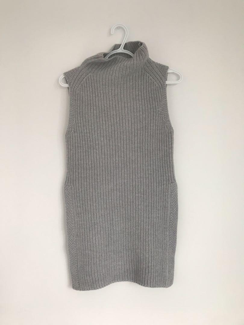 Aritzia Wilfred Sweater size xxs